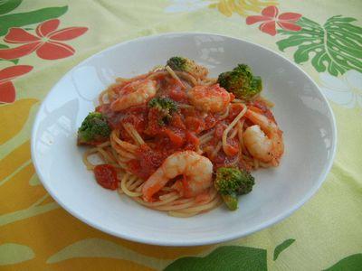 プリプリ海老のトマトソース