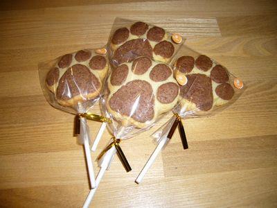パウ型ロリポップクッキー