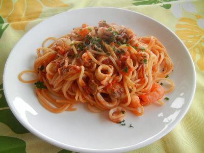 シーフードトマトパスタ
