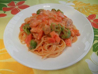えびとブロッコリーの冷製トマトクリームパスタ