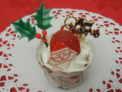 プチ苺ケーキ
