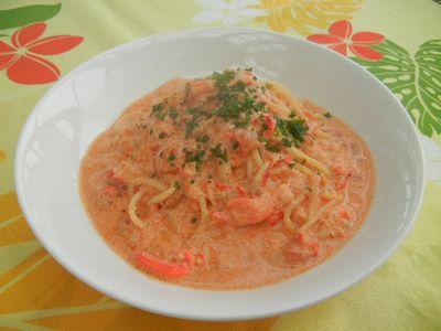 ズワイガニのトマトクリームパスタ